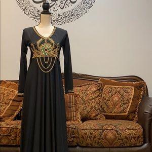 Abayas Dubai woman's